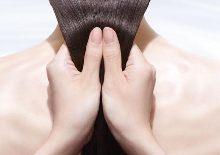 熱との反応で髪を強くする